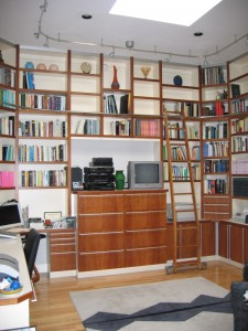 Floor-to-ceiling Bookcase Shelves