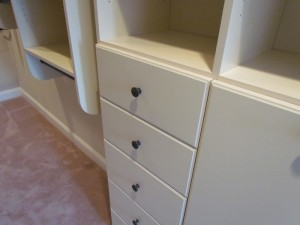Closed 18-inch Jewelry Drawer