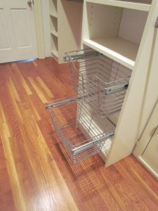 Walk-in Closet Wire Baskets