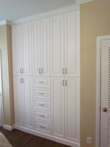Bedroom built in between closets