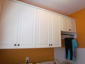 Lexington Cabinets with Oil Rubbed Bronze Knobs and Oval Rod
