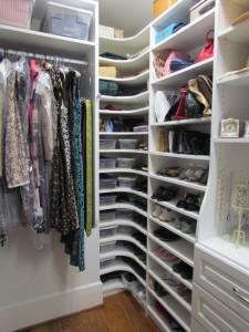 Shoe Nook Corner Shelves