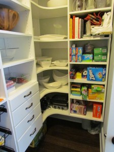 Corner Pantry with Drawers